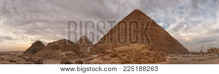 panorama of the pyramid of Cheops in Egypt, Beautiful view of the pyramids in Cairo