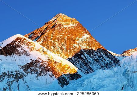 Evening colored view of Mount Everest from Kala Patthar, Khumbu valley, Solukhumbu, Mount Everest area, Sagarmatha national park, Nepal