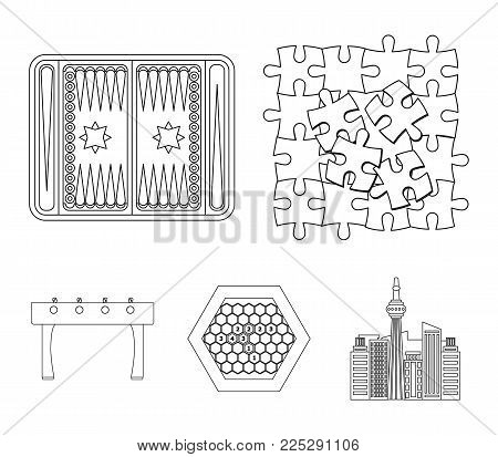 Board game outline icons in set collection for design. Game and entertainment vector symbol stock  illustration.