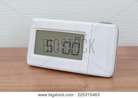 Clock Radio - Time - 02.00 Am