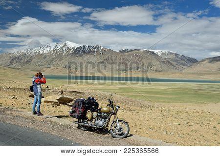 Tso Kaygar, Jammu And Kashmir, India - 05 July 2017: Traveller Photographing The Tso Kyagar Lake In