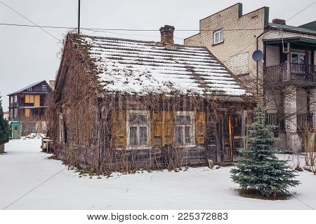 Old Wooden House In Narew Village In Podlasie Region Of Poland