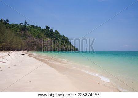Tropical Sea And Blue Sky At Krabi , Thailand