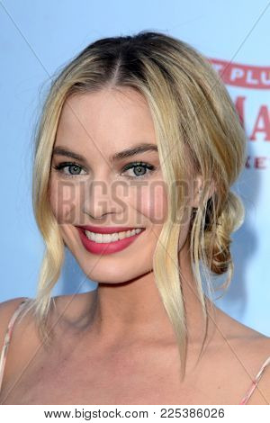 LOS ANGELES - FEB 3:  Margot Robbie at the