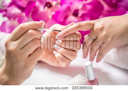 Repairing Old Gel Nails With A Nail Grinder In Nail Studio - Salon. Nails Manicure.