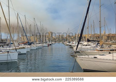 Marseilles,france-august 10,2016:boats Moored In The Port Of Marseilles In France On A Sunny Day Wit