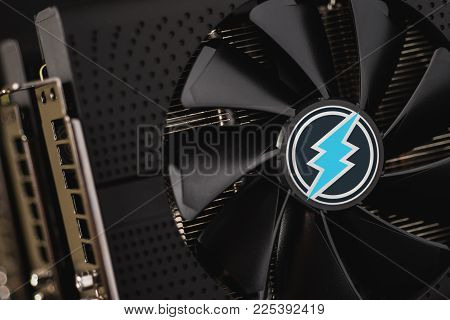 Electroneum Cryptocurrency Mining Using Graphic Cards GPU