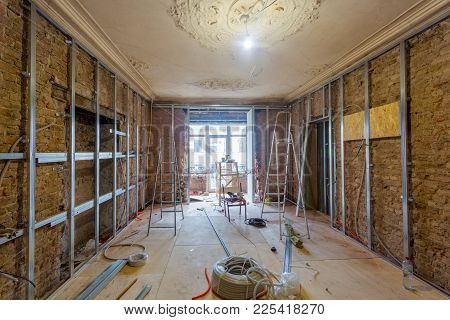 Working Process Of Installing Metal Frames For Plasterboard (drywall) For Making Gypsum Walls And To