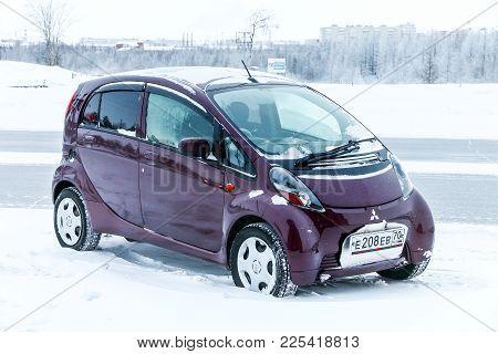 Novyy Urengoy, Russia - January 15, 2018: Motor Car Mitsubishi I In The City Street.