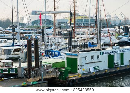 Hamburg, Germany - January 2018. Harbor And Berths And Yachts On The River Elbe