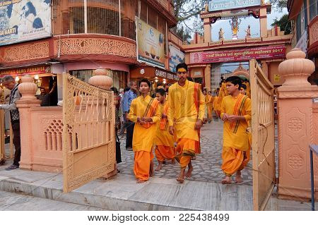 Rishikesh, India - November, 3rd, 2017. Ganga Aarti Ceremony In Parmarth Niketan Ashram At Sunset. R