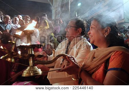 Rishikesh, India - November, 4th, 2017. Ganga Aarti Ceremony In Parmarth Niketan Ashram At Sunset. R