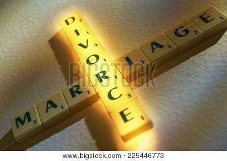 Cleckheaton, West Yorkshire, Uk: Scrabble Board Game Letters Spelling The Words Marriage Divorce, 1s