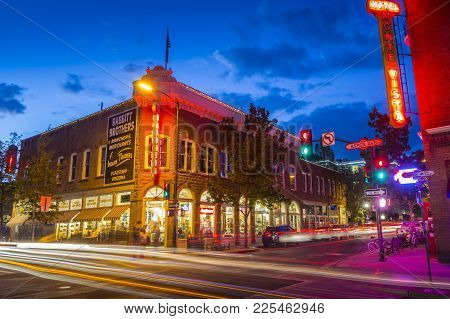 Flagstaff, Arizona, Usa- June 2, 2017: Beautiful View Of The Historic City Center Of Flagstaff With