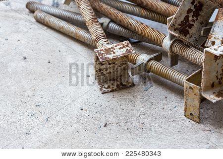 Rusty Screw Scaffold