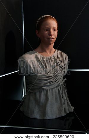 Delphi, Greece - September 19, 2012: This Is A Museum Reconstruction Of The Bust Of A Resident Of Th