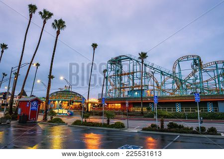 Santa Cruz, California, Usa - January 6, 2018 : Santa Cruz Boardwalk In The Morning Before Sunrise.