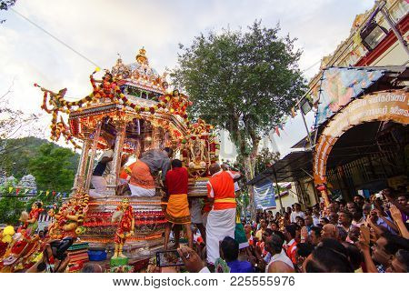 Golden Statue Of Lord Muruga Move On To Silver Chariot's At Nattukotai Chettiar Temple During Thaipu