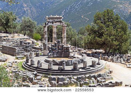 Temple of Athena pronoia at Delphi