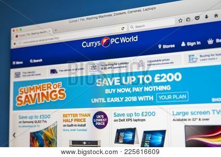 London, Uk - August 10th 2017: The Homepage Of The Official Website For Currys Pc World, The Electro