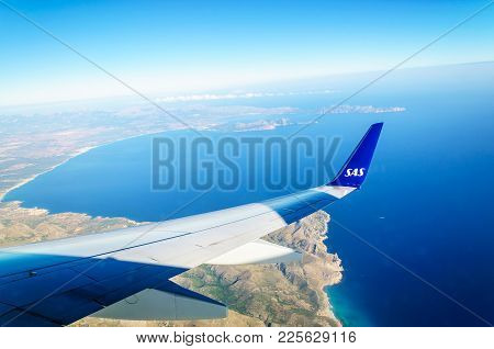 Palma, Mallorca, Spain On July 11, 2014: Descent To Mallorca With Scandinavian Airlines Wing And Vie