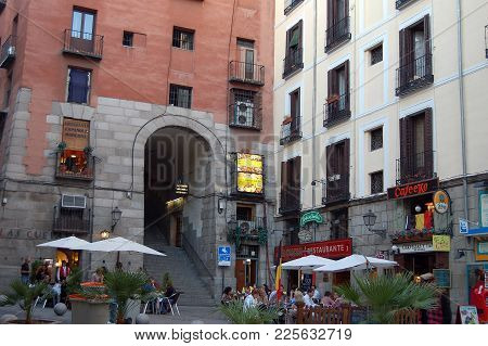 Cuchilleros Arch (arco), One Of The Ten Entrances To The (main Square (plaza Mayor) - Madrid, Spain,