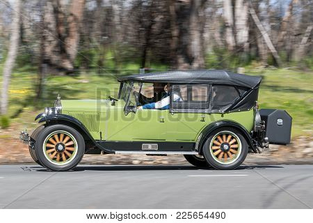 Adelaide, Australia - September 25, 2016: Vintage 1927 Essex Boat Tail Roadster Driving On Country R