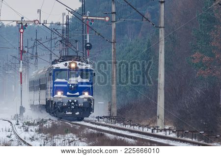 Railway Transport - Express Train On The Winter Trail