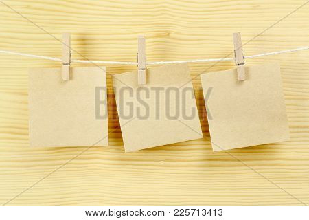 Three Blank Notes On Clothesline For Messages