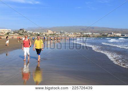 Gran Canaria, Spain - December 1, 2015: People Visit Playa Ingles Beach In Maspalomas, Gran Canaria,