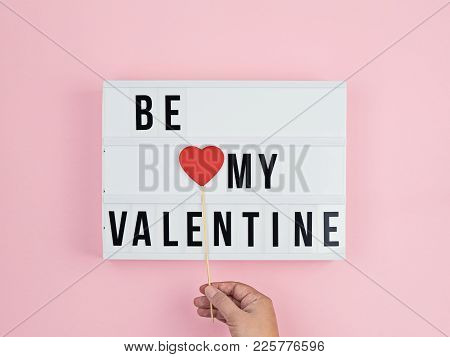 Valentine's Day Greeting Card With Text Be My Valentine