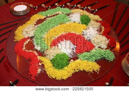 Yee Sang, A Special Dish During Chinese New Year