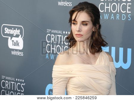 Alison Brie at the 23rd Annual Critics' Choice Awards held at the Barker Hangar in Santa Monica, USA on January 11, 2018.