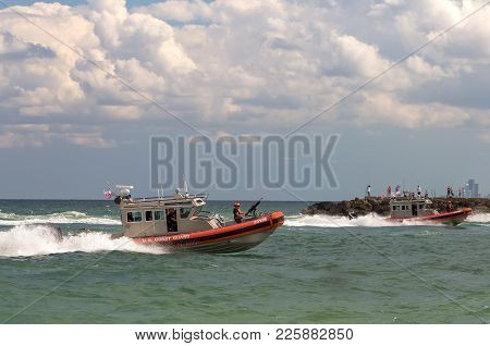 Fort Lauderdale, Fl/usa - April 9, 2017: United States Coast Guard Armed Boats Patrol Fort Lauderdal