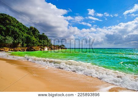 The Gulf Of Samana, Dominican Republic. Transparent, Turquoise Water Of The Beach Of The Island Of C