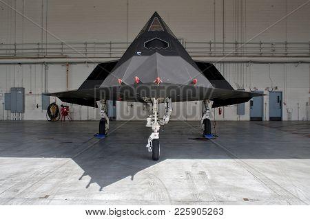 Lockheed Martin F-117 Nighthawk Stealth Fighter Jet