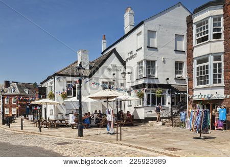 21 June 2017: Exeter, Devon, England, Uk - Pubs And Restaurants At Exeter Quay On A Fine Summer Day.