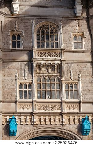 Tower Bridge over the River Thames victorian gothic exterior, City of Westminster, Central Area of Greater London, UK