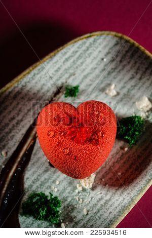 heart's shape pastry