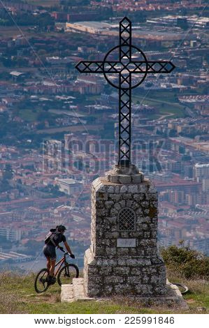 Florence Tuscany - Climb With Mountain Bike From The Artificial Lakes To Mount Calvana