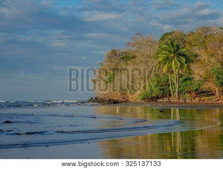 Santa Catalina Beach, Veraguas, Panama - February 15, 2017: View Of Santa Catalina Beach In The Vera