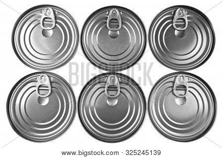 Close Up Photo Of Aluminium Cans In A Raw Isolated On White Background. Aluminium Can Background. Ca