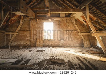 Old House Attic Home Decor For Renovation. Rustic Attic For Renovation. Attic In Old House. Rustic A