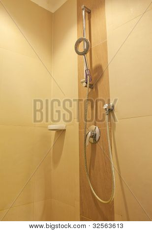 Modern En-suite Shower