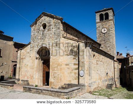 Church In Medieval Fortress Town Vigoleno In Emilia-romagna, Italy