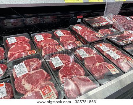 Orlando,fl/usa -10/4/19:  Fresh Ribeye Steak In The Refridgerated Meat Aisle Of A Sams Club Grocery