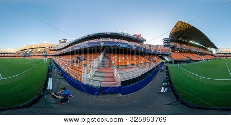 VALENCIA, SPAIN - OCTUBER 2: 360 view of stadium during UEFA Champions League match between Valencia CF and AFC Ajax at Mestalla Stadium on Octuber 2, 2019 in Valencia, Spain