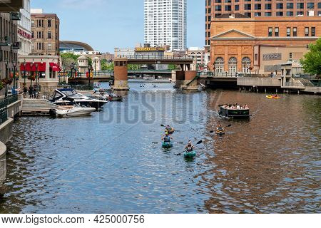 The Walkway And  Milwaukee River In Dowtown Milwaukee, Wisconsin