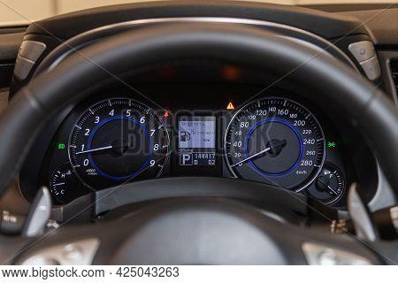 Novosibirsk, Russia - June 22, 2021: Infiniti Qx70, Sign And Symbol On Car Dashboard. Car Speedomete
