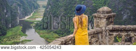 Banner, Long Format Woman Tourist On The Lake Tam Coc, Ninh Binh, Viet Nam. Its Is Unesco World Heri